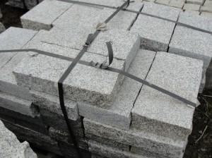 Opornik granitowy - cięty i płomieniowany
