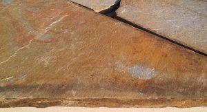 Kwarcyt perłowo-rudy 3