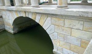 Pałac na wodzie w Łazienkach - piaskowiec