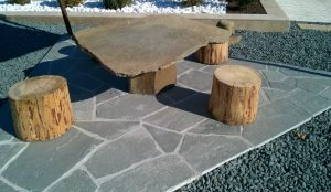 Stół kamienny