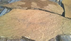 Gnejs szaro-rudy z brązem - struktura
