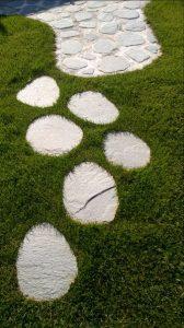 Płyty granitowe na ścieżki